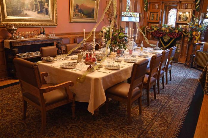 Craigdarroch dining table, Christmas 2015